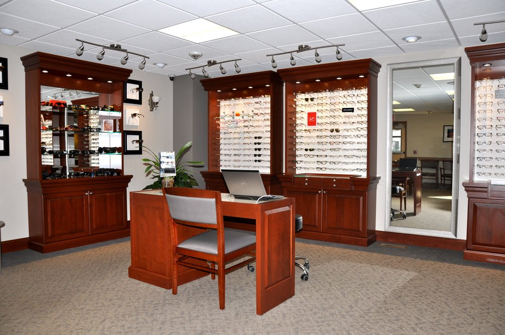eye doctor pawtucket ri